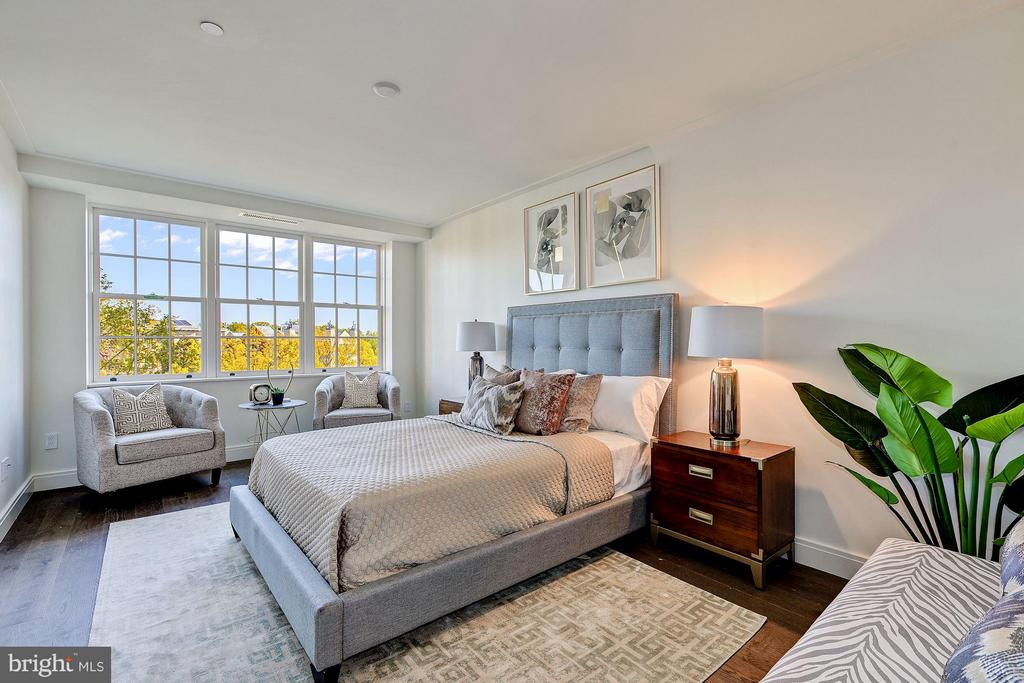 Tranquil Master Bedroom - 2660 CONNECTICUT AVE NW #6F, WASHINGTON