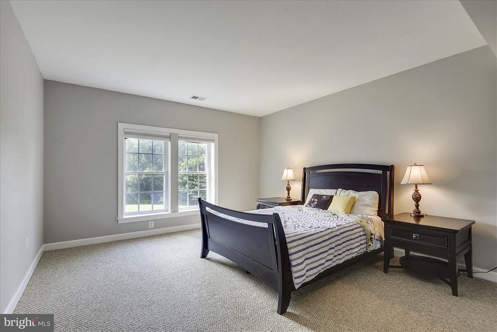 5th Bedroom in lower level - 4026 BELGRAVE CIR, FREDERICK
