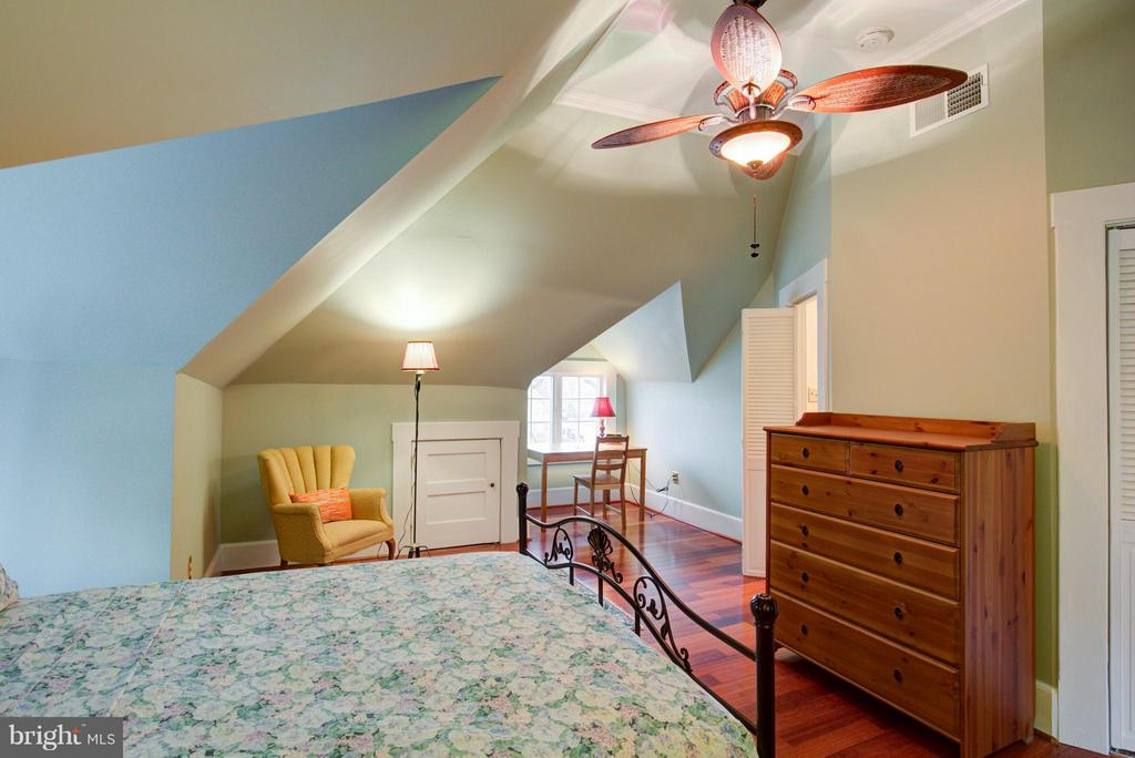Bedroom (Master) - 311 STONEWALL AVE, WINCHESTER