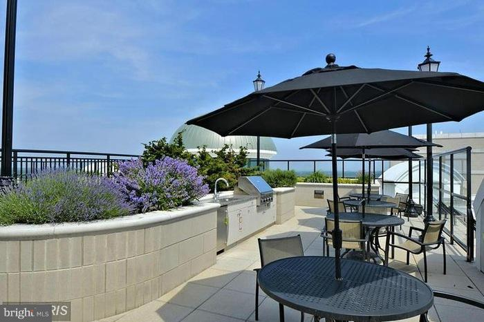 Rooftop Outdoor Dining Area - 1915 TOWNE CENTRE BLVD #913, ANNAPOLIS