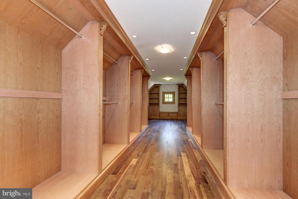 Interior (General) - 893 GEORGETOWN RIDGE CT, MCLEAN