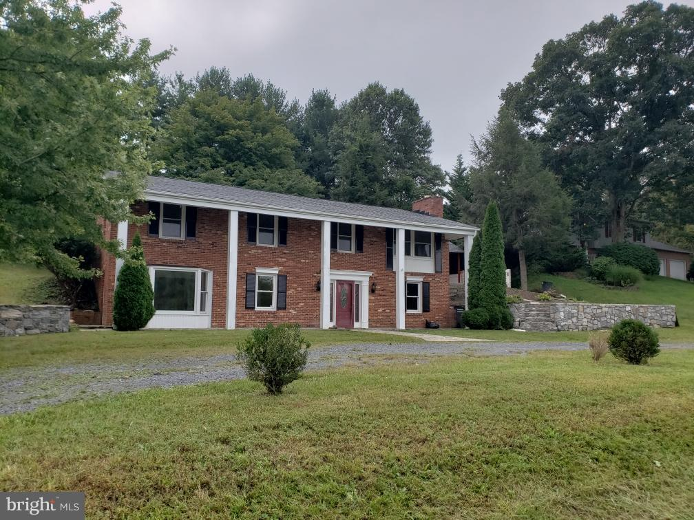 Other Residential for Rent at 106 Lakeside Dr Stephens City, Virginia 22655 United States
