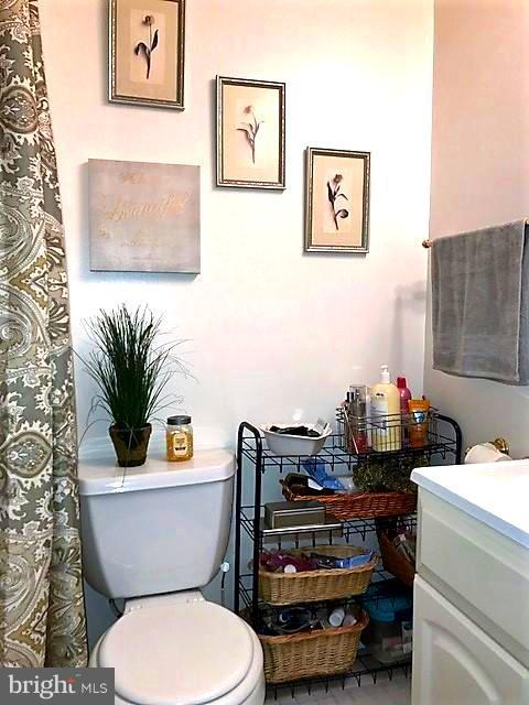 Bath (Master) - 9808 47TH PL #304, COLLEGE PARK