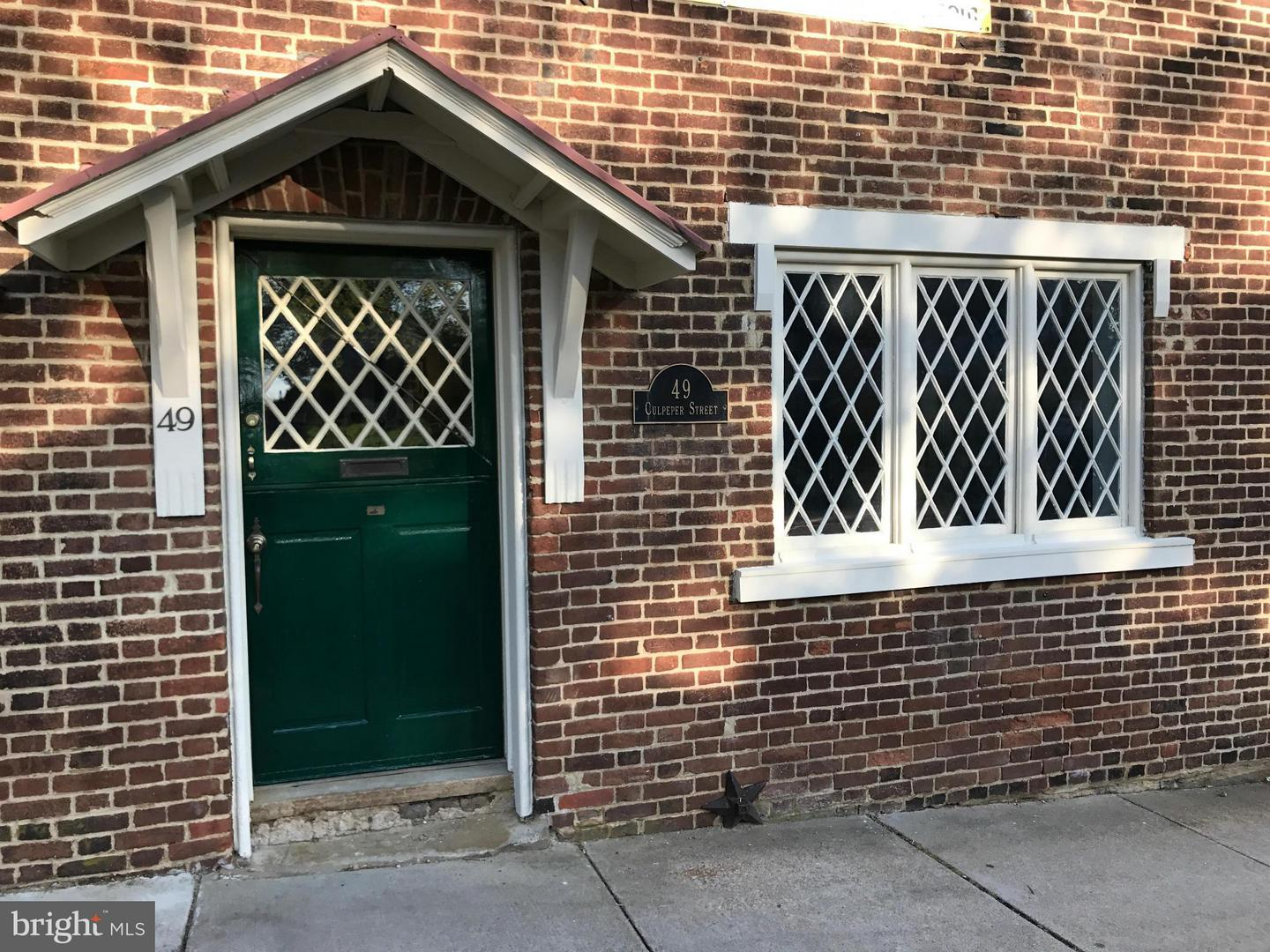 Commercial for Sale at 49 Culpeper St Warrenton, Virginia 20186 United States