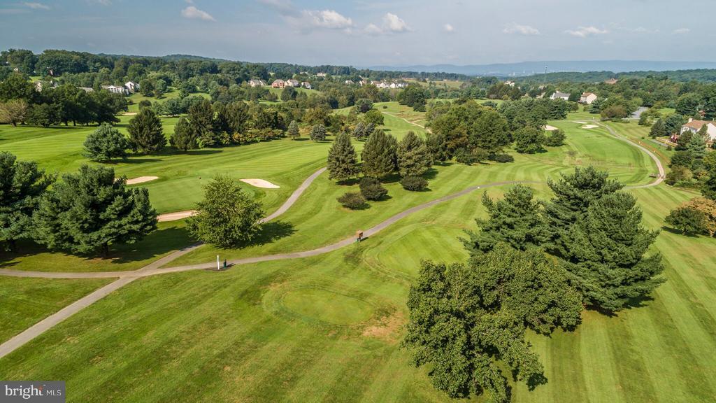Community - Golf Course Club - 5580 BROADMOOR TER N, IJAMSVILLE