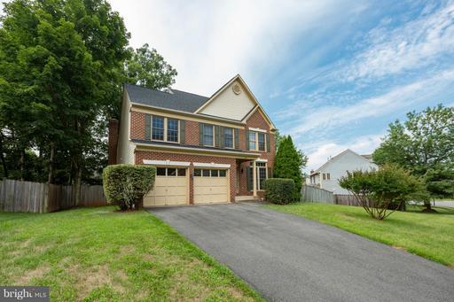 843 SPRING KNOLL DR