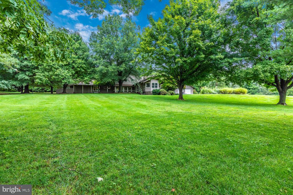 Exterior 2+ acres - 6303 WINPENNY DR, FREDERICK