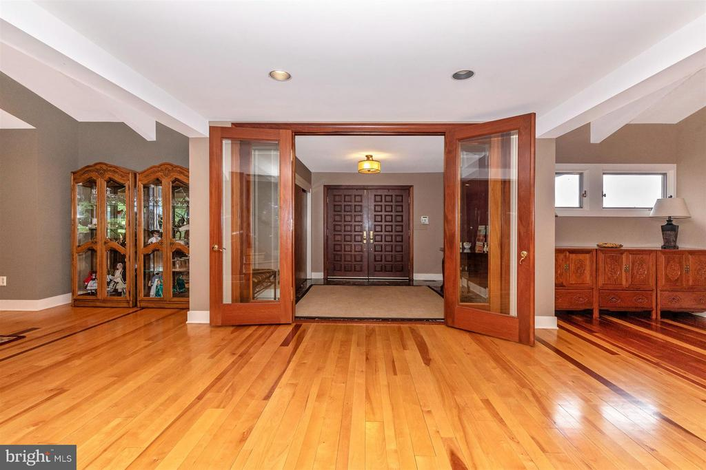 Foyer - 6303 WINPENNY DR, FREDERICK