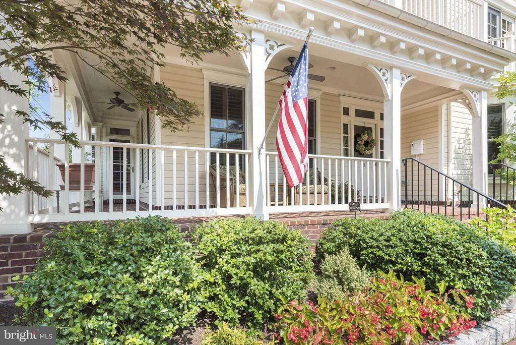 Best Front Porch for relaxation or entertaining. - 9 SOUTH ST, ANNAPOLIS