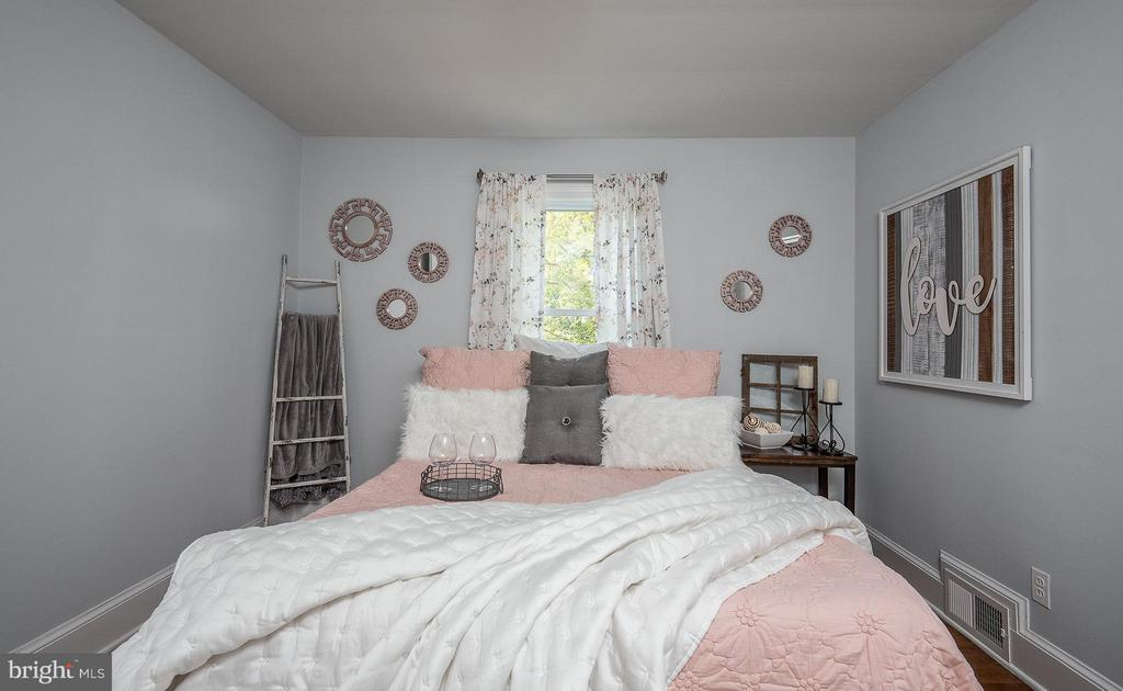 Bedroom (Master) - 2 FAIRFAX CIR, FREDERICKSBURG
