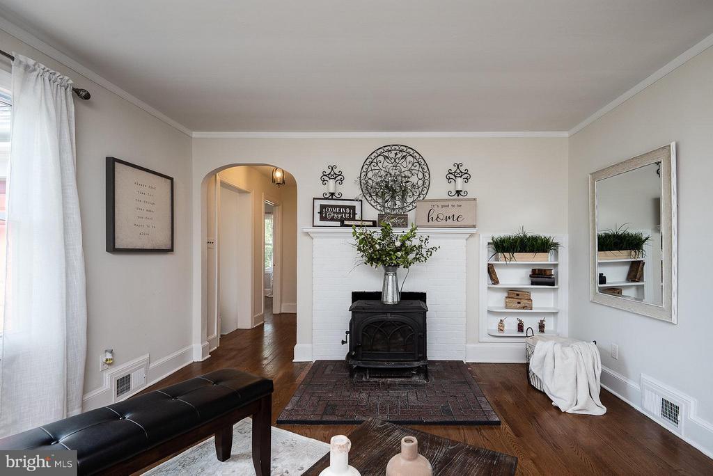Living Room - 2 FAIRFAX CIR, FREDERICKSBURG
