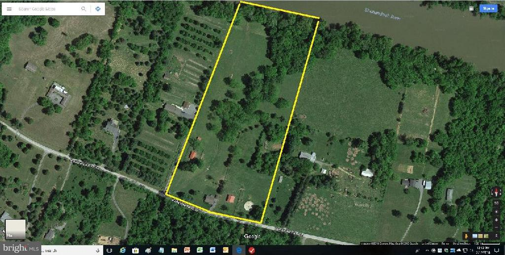 Property outline includes  BOTH Lot 6 & Lot 7 - 1577 SHENANDOAH RIVER LANE, BOYCE