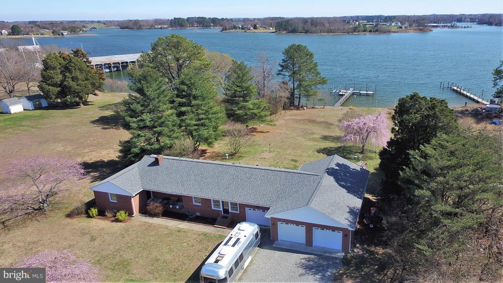 Single Family for Sale at 2922 Harryhogan Rd Callao, Virginia 22435 United States
