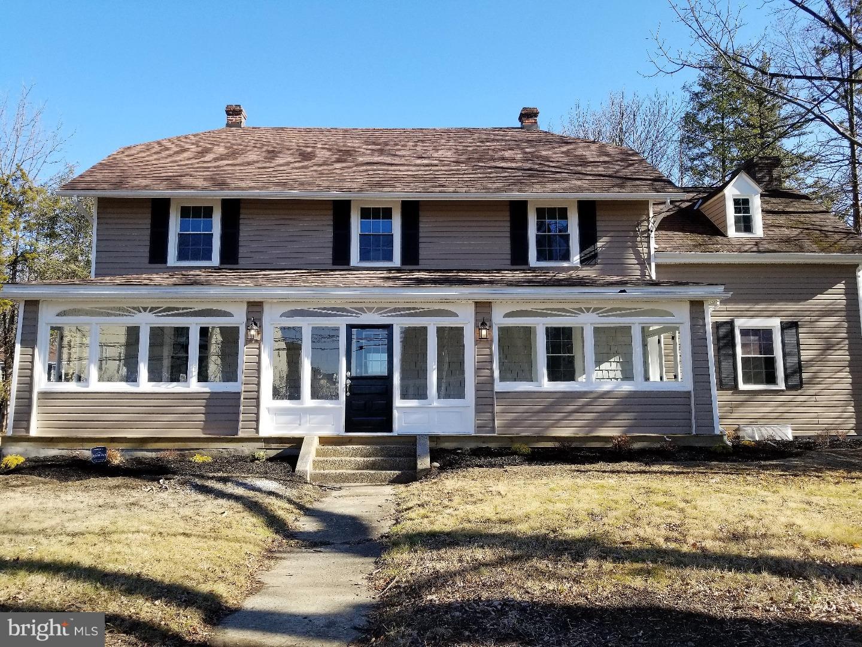Enfamiljshus för Försäljning vid 8 DARLEY Road Claymont, Delaware 19703 Usa