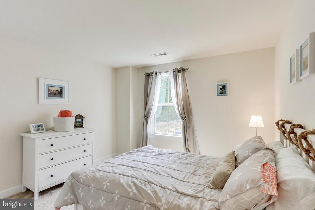 Bedroom - 2305 HARMSWORTH DR, DUMFRIES