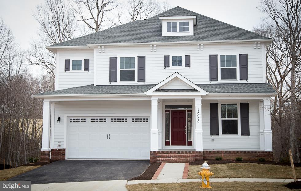 Single Family for Sale at Woods View Dr Dumfries, Virginia 22026 United States