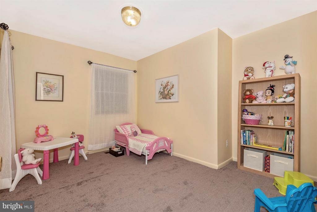 Bedroom 3 - 2 GOSHEN CT, GAITHERSBURG