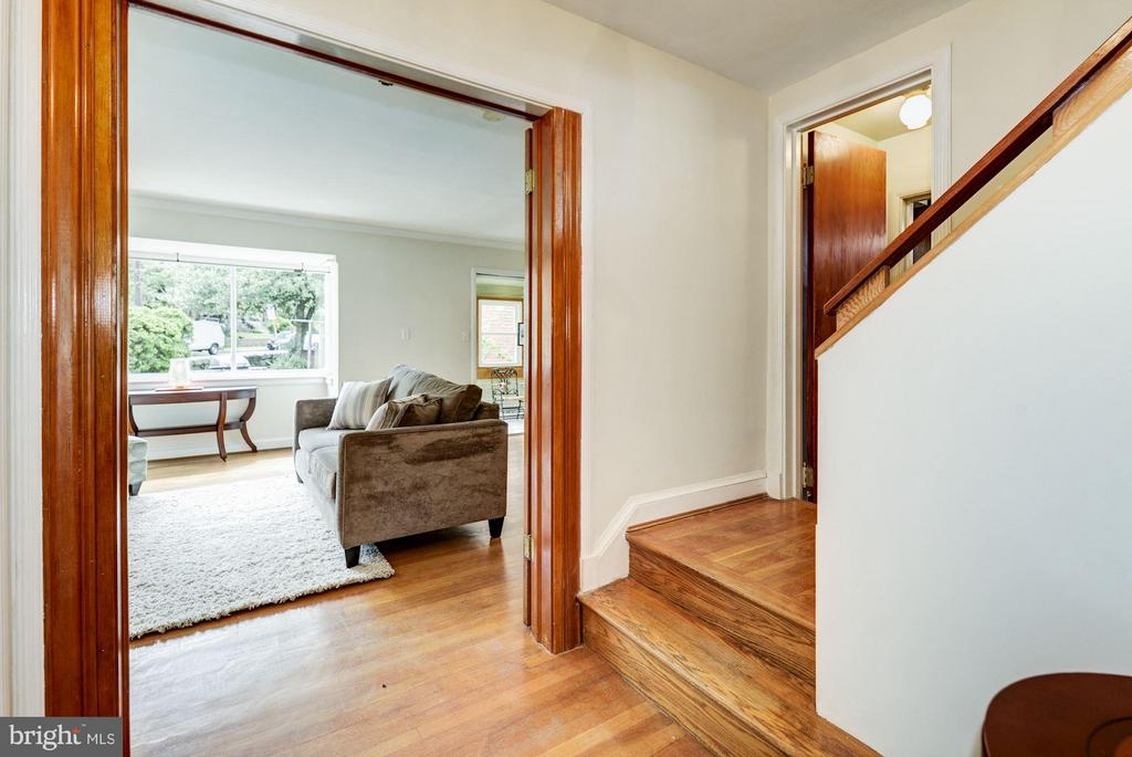 Foyer - 4300 RENO RD NW, WASHINGTON