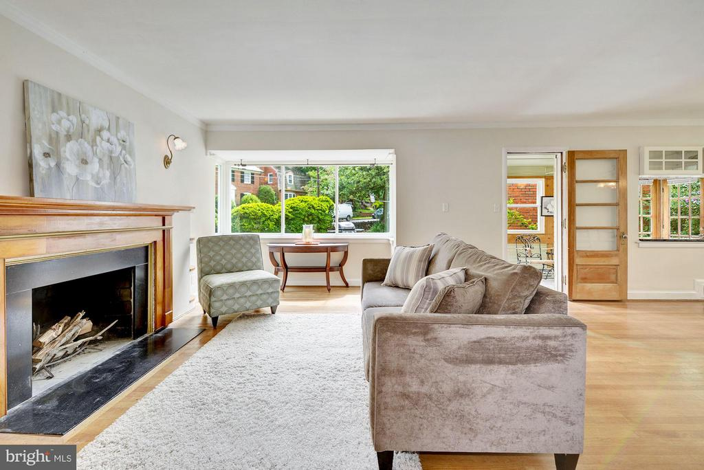 Living Room - 4300 RENO RD NW, WASHINGTON
