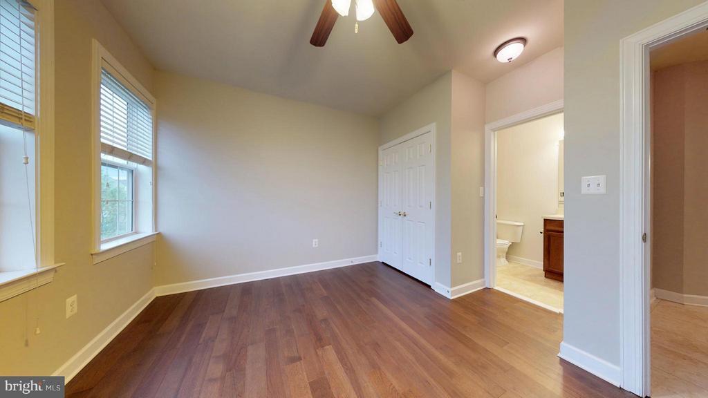 Bedroom (Master 2) - 403 KING FARM BLVD #BR-401-R, ROCKVILLE