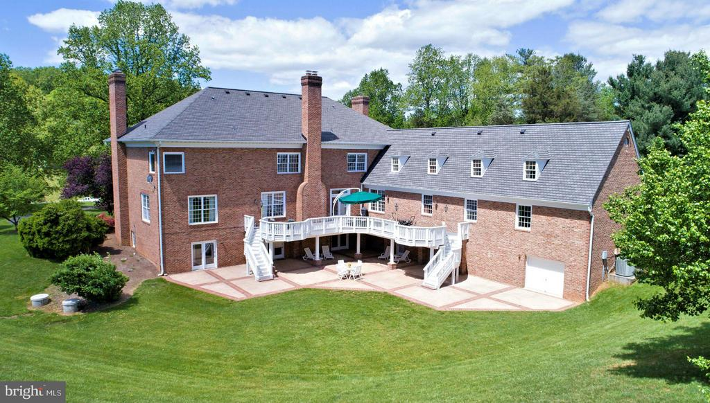 3-Level EAST WING - 6901 CLIFTON RD, CLIFTON