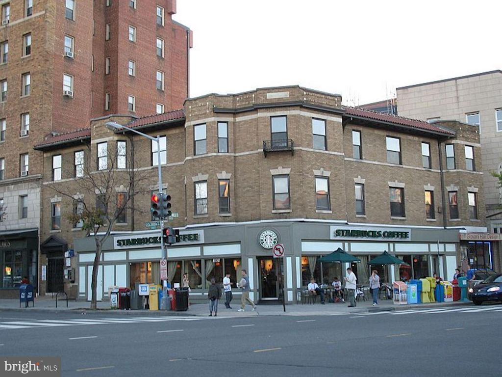Community Starbucks - 1763 COLUMBIA RD NW #508, WASHINGTON