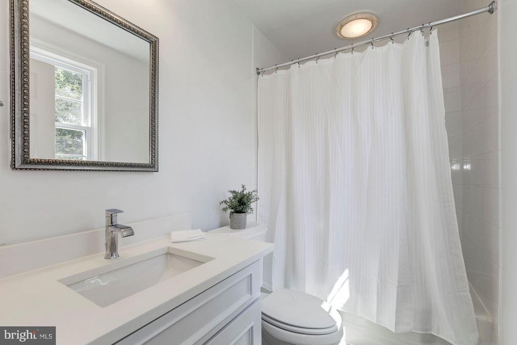 Bath - 4325 47TH ST NW, WASHINGTON
