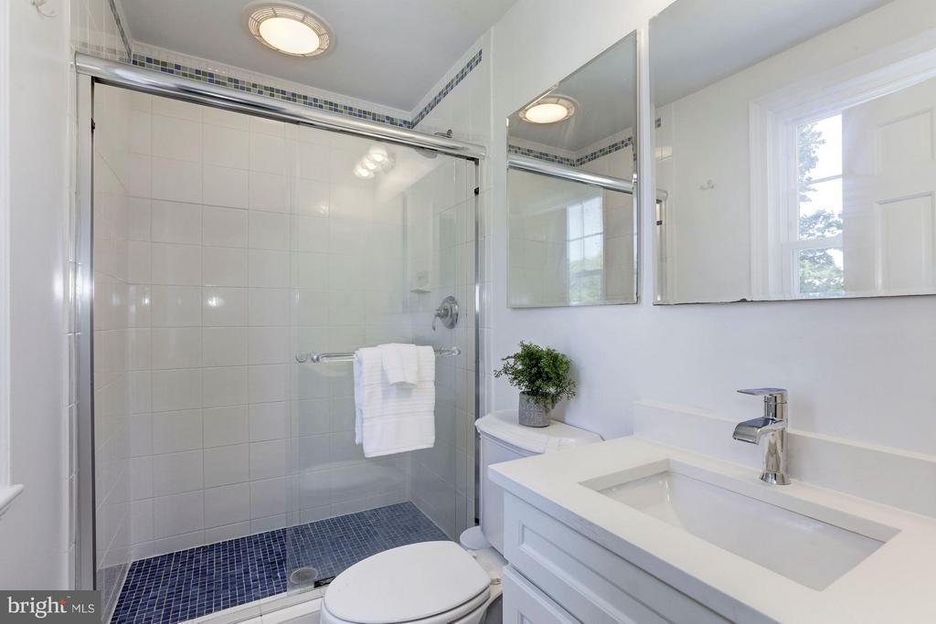 Bath (Master) - 4325 47TH ST NW, WASHINGTON