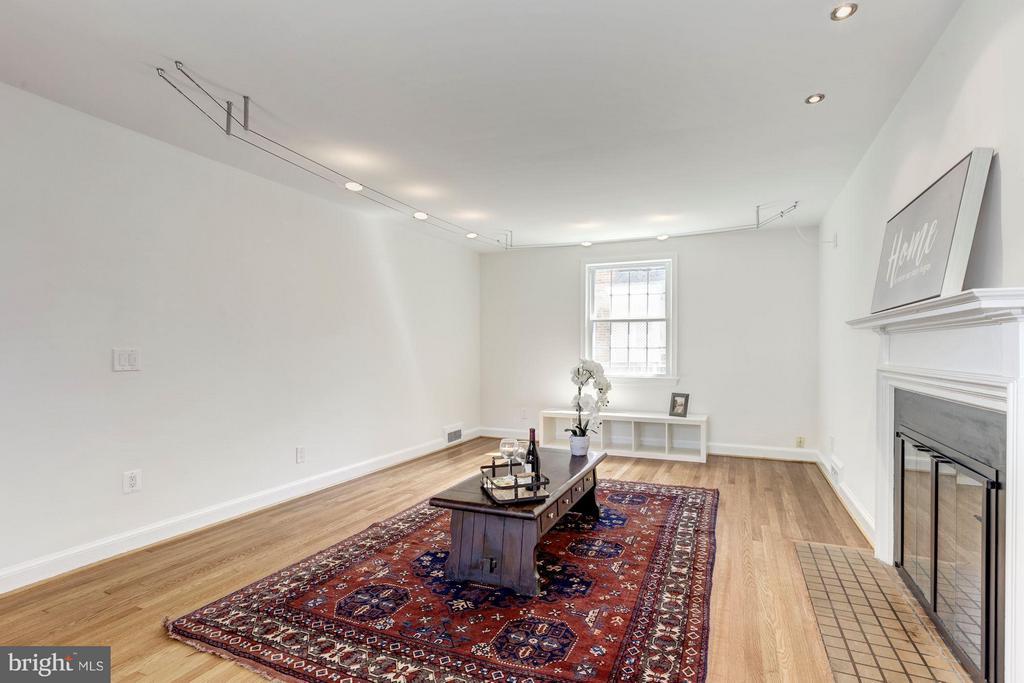 Living Room - 4325 47TH ST NW, WASHINGTON