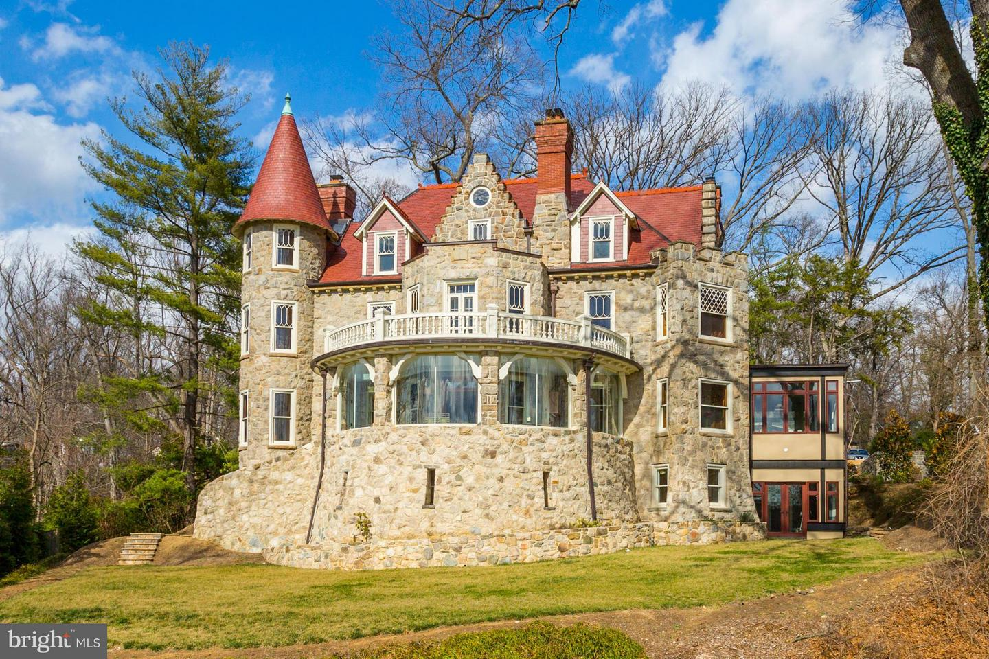 Single Family for Sale at 5415 Mohican Rd Bethesda, Maryland 20816 United States