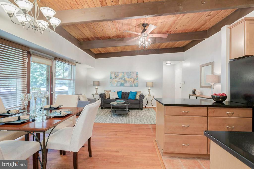 One of the larger 1 BR floor plans - 7747 DONNYBROOK CT #206, ANNANDALE