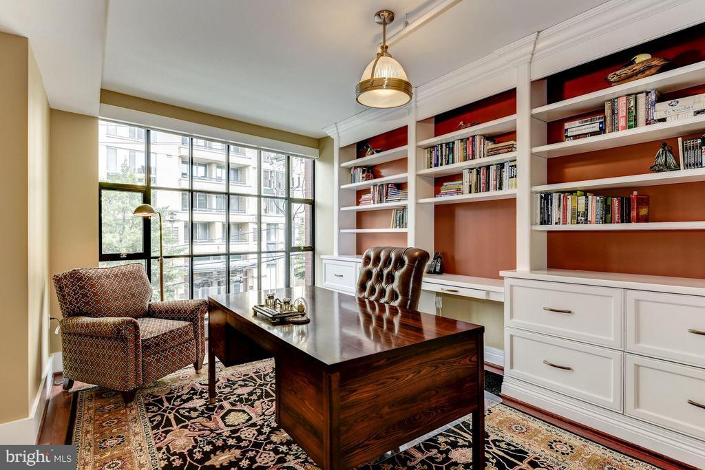 Bedroom - 1600 CLARENDON BLVD #W305, ARLINGTON