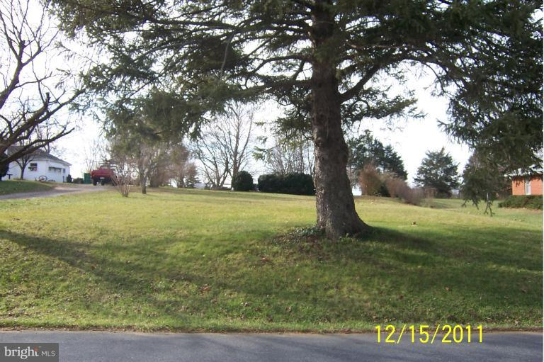 Photo of home for sale at Fariview Road, Luray VA