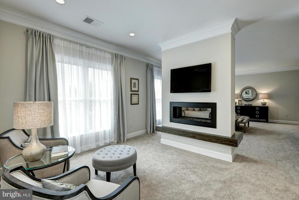 Model Home Cozy Owner's Suite - HARLEY RD, LORTON