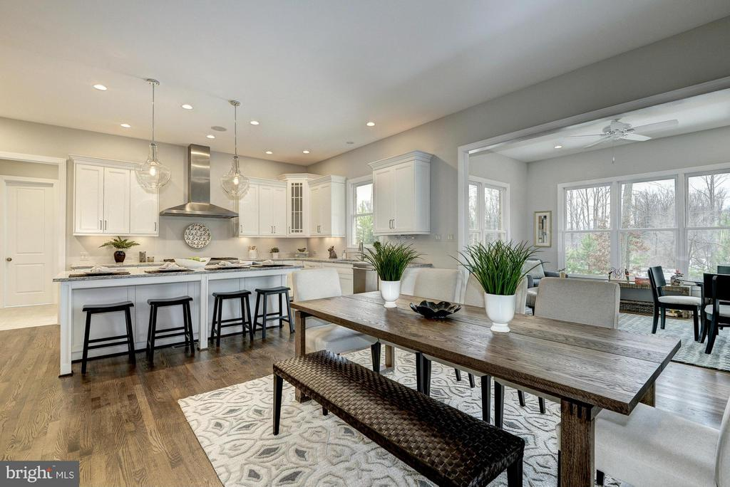 Model Home  Eat-in Kitchen and Sun Room - HARLEY RD, LORTON