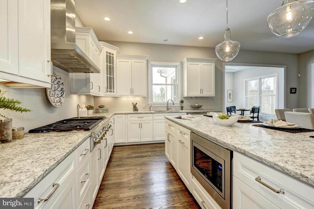 Model Home -Beautiful Expansive Kitchen - HARLEY RD, LORTON