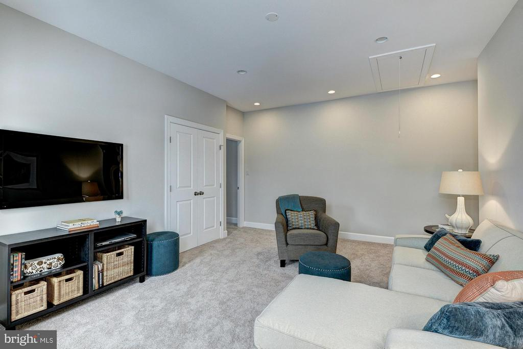 Model Home Upper Level Family Room/ 5th bedroom - HARLEY RD, LORTON