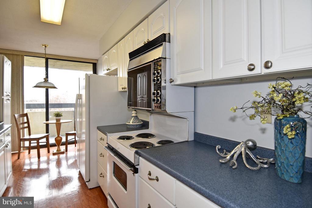 Kitchen - 400 MADISON ST #203, ALEXANDRIA