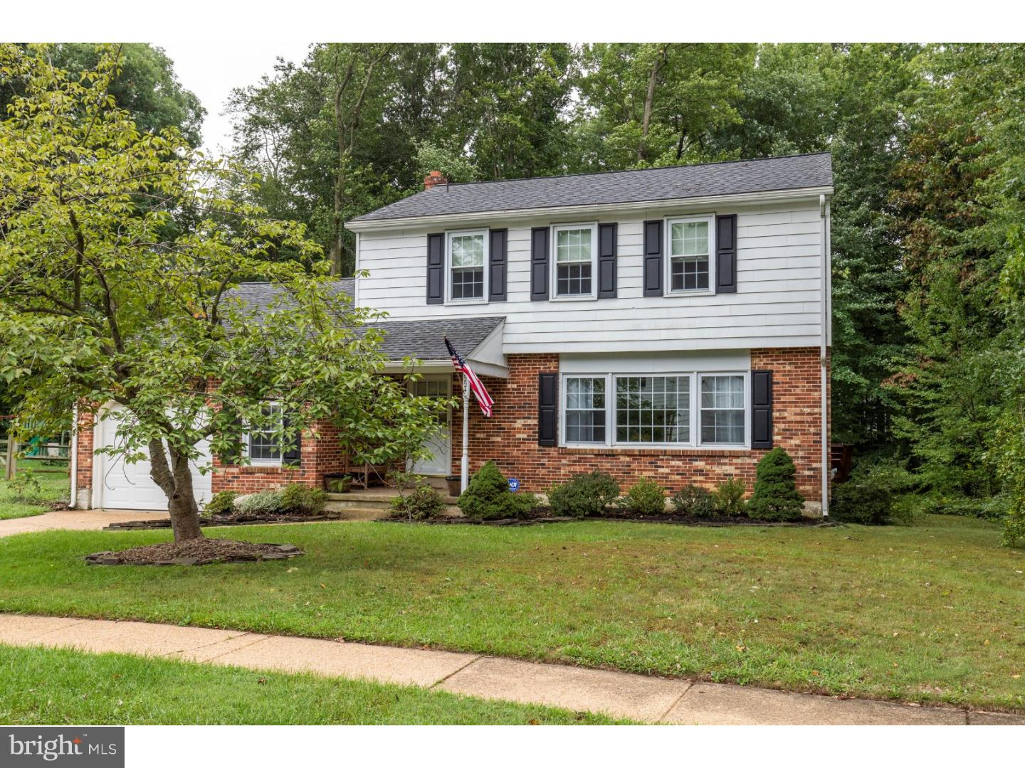 Photo of home for sale at 2224 Decatur Road, Wilmington DE