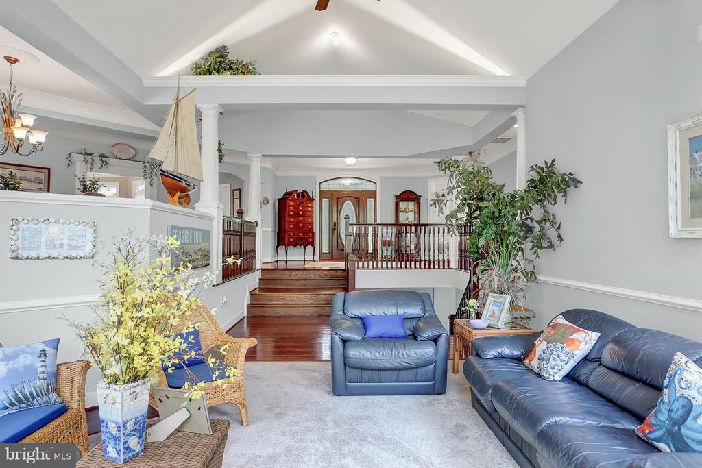 Living Room - 6055 GREENWAY CT, MANASSAS