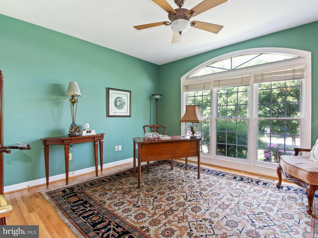 Main Level Library has French Doors for Privacy - 11109 TOMMYE LN, RESTON