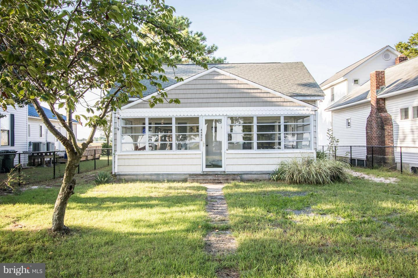 Single Family for Sale at 44958 Lighthouse Rd Piney Point, Maryland 20674 United States
