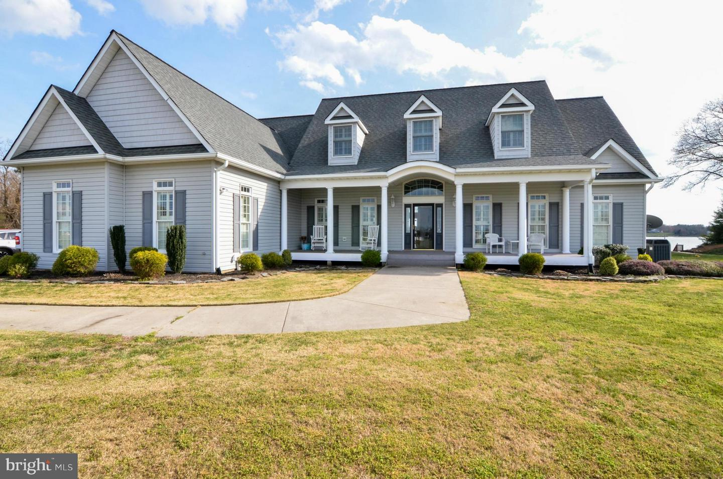 Single Family Home for Sale at 70 Kettle Bottom Drive 70 Kettle Bottom Drive Colonial Beach, Virginia 22443 United States