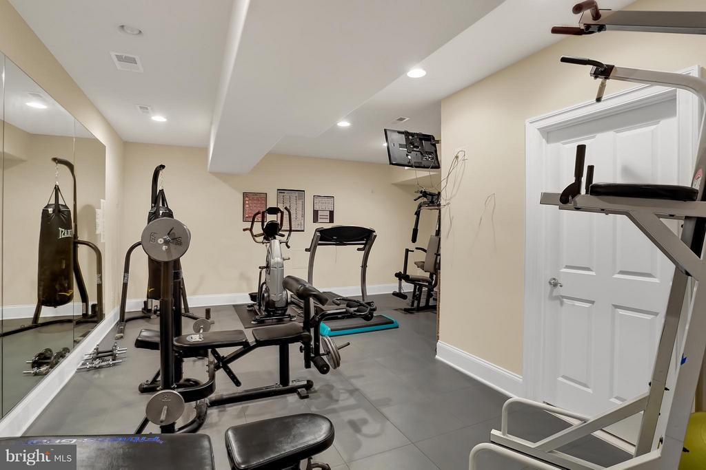 Gym - 22915 COBB HOUSE RD, MIDDLEBURG