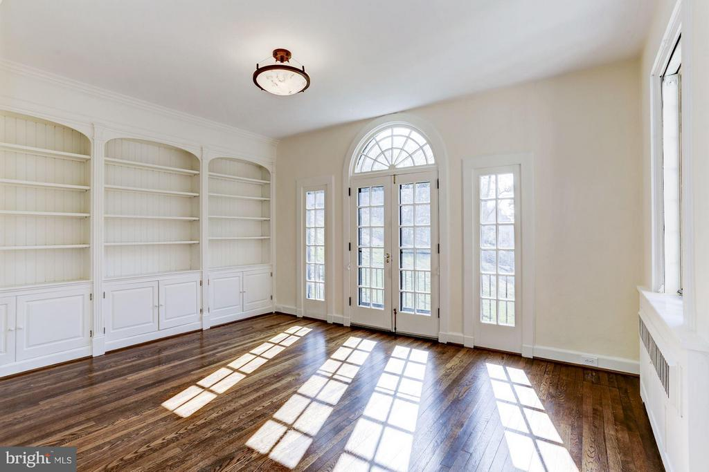 Library with east facing French doors - 2701 32ND ST NW, WASHINGTON