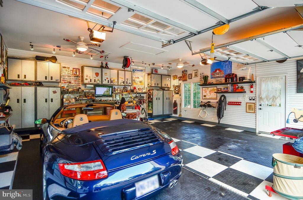 2 more cars under black flooring - 4015 N RANDOLPH ST, ARLINGTON