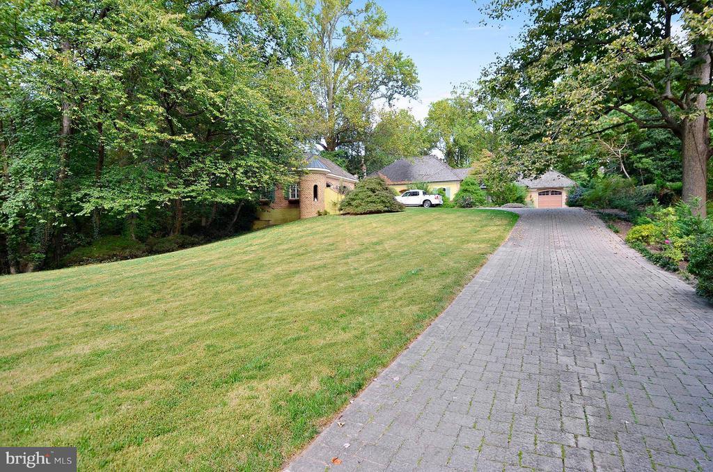 Exterior (Front) - 4015 N RANDOLPH ST, ARLINGTON
