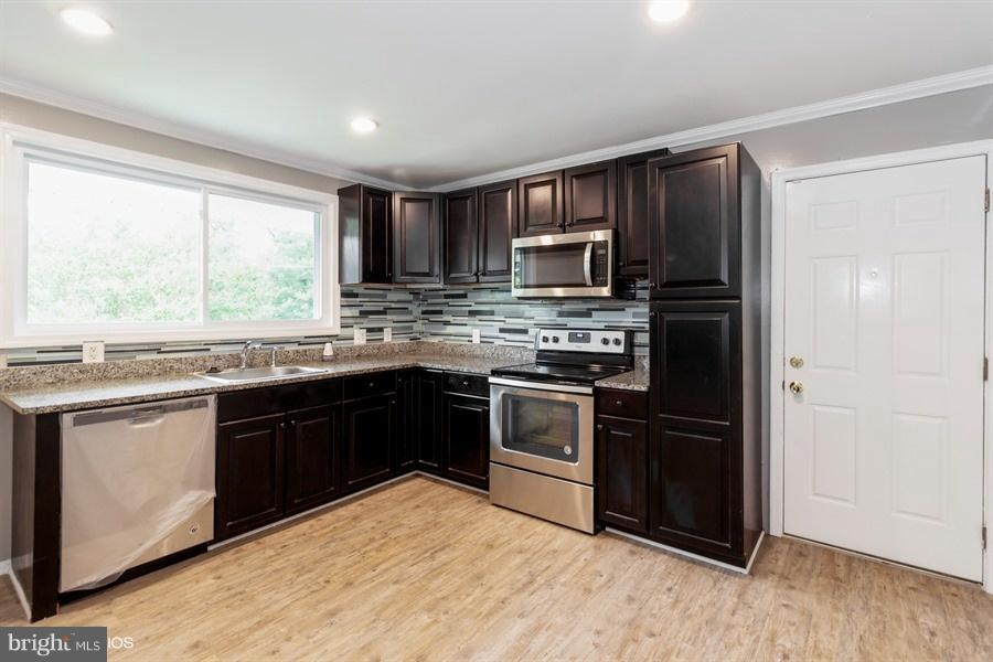 Kitchen - 2619 OXON RUN DR, TEMPLE HILLS