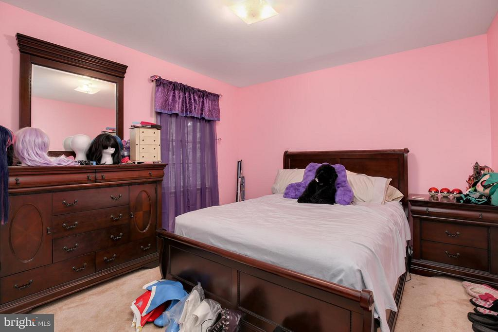 Bedroom - 8112 CLAIBORNE CT, FREDERICK