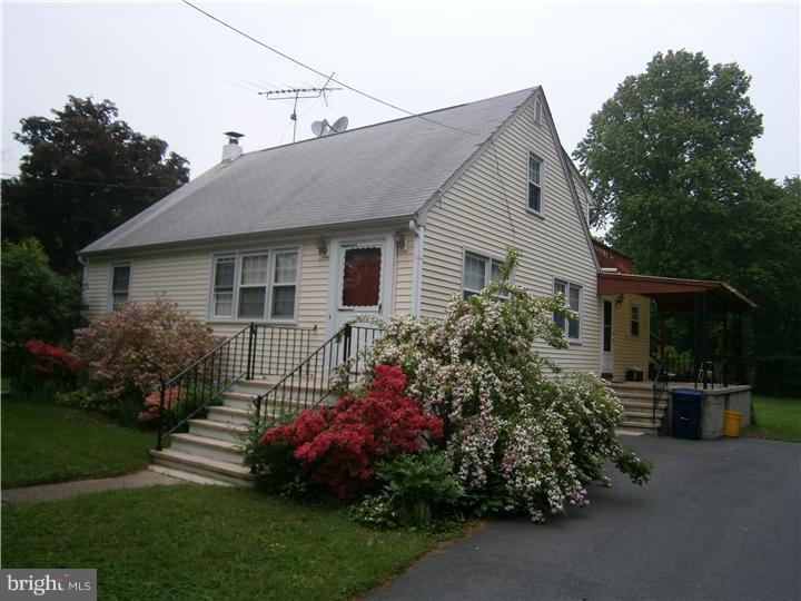 Single Family Homes por un Venta en Lawrence, Nueva Jersey 08648 Estados Unidos